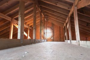 Can You Run An Attic Fan With The AC On? [And should you?]