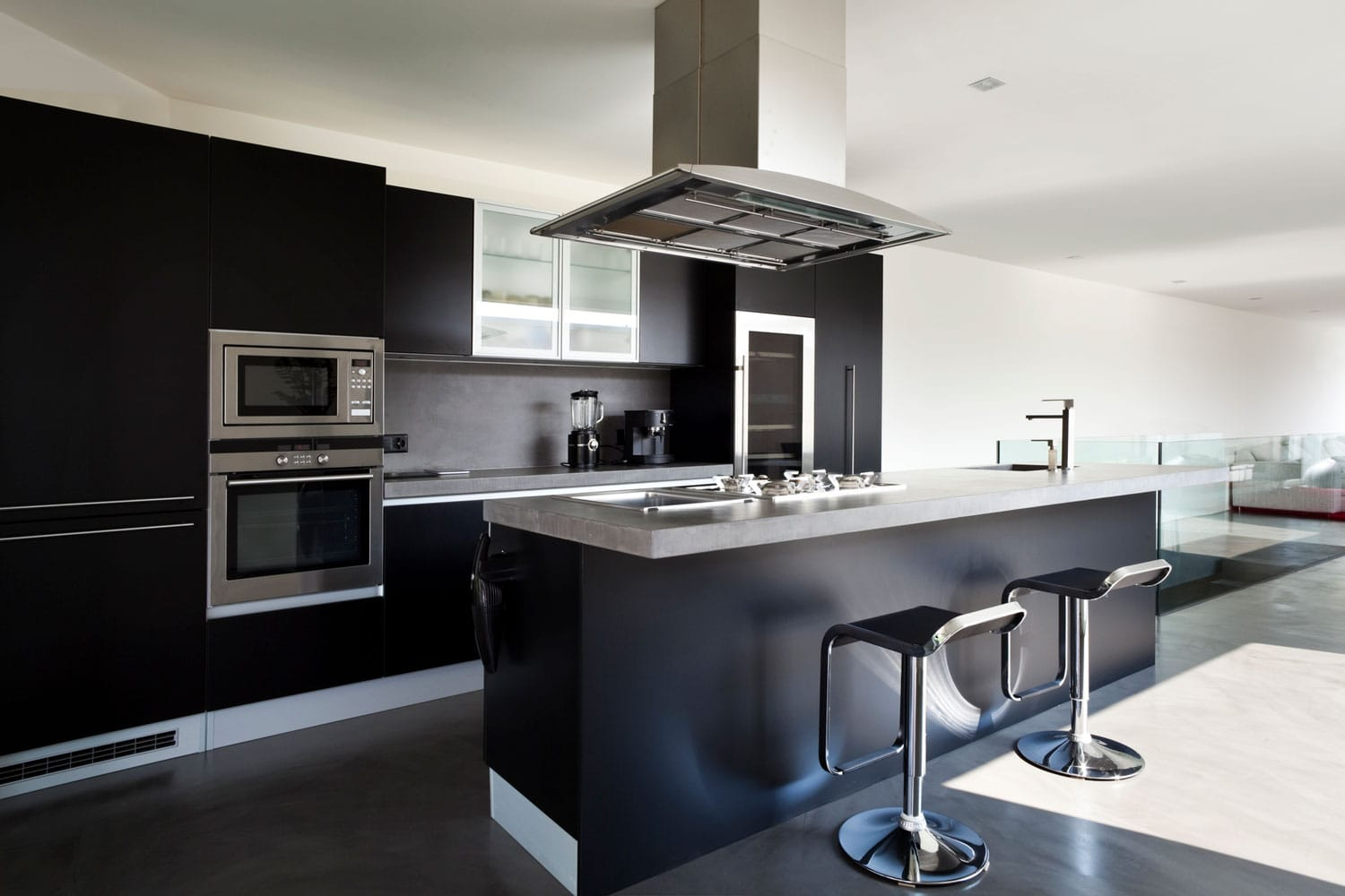 A beautiful new apartment with kitchen chimney