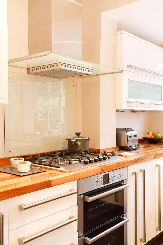 Modern kitchen with kitchen chimney
