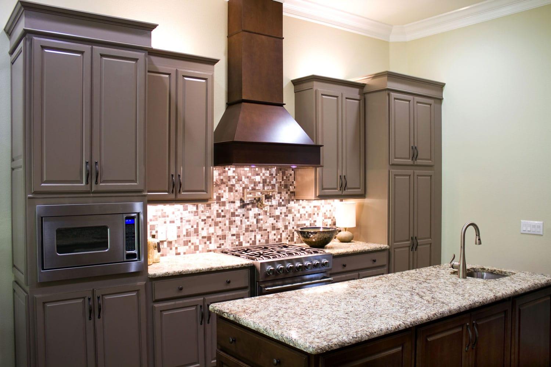 New modern kitchen with kitchen island chimney