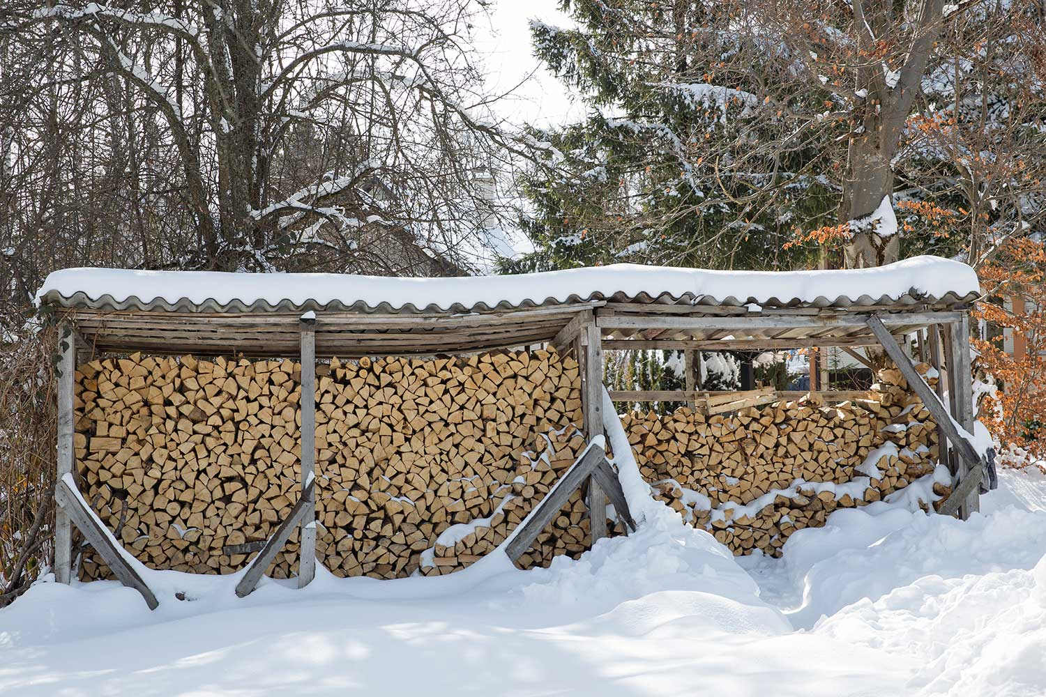 Perfectly arranged stack of wood, ready for a long winter ahead