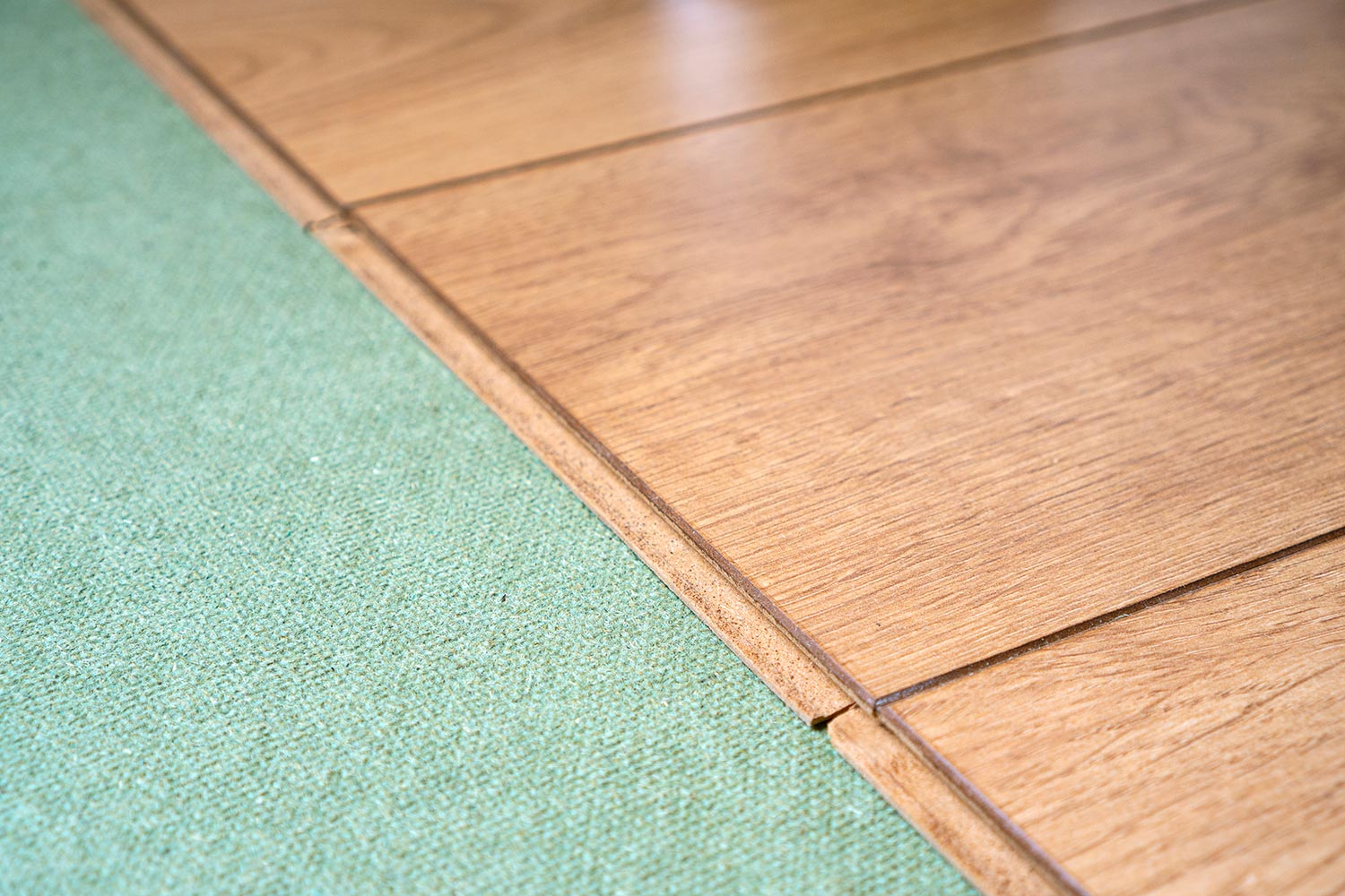 How To Insulate Laminate Flooring 3, What Happens If You Don T Use Underlayment Under Laminate Flooring