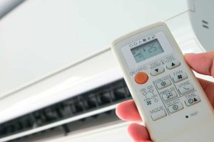 Read more about the article AC Thermostat Keeps Shutting Off — What To Do?
